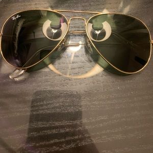Ray Ban Black and Gold 58mm aviator
